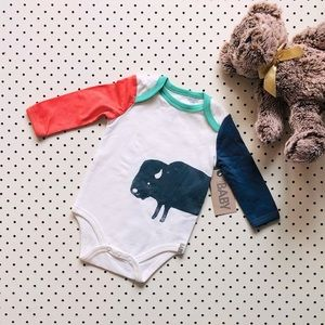 Baby size 00 COTTON ON BABY Bison print Onesie, long sleeve